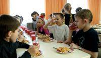 The 1st and 2nd grade pupils in schools of Daugavpils will receive lunch free of charge